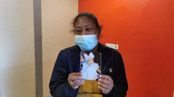 La fillette de 15 mois n'est pas décédée de la Covid-19, affirme la Santé ; sa mère réclame une autopsie