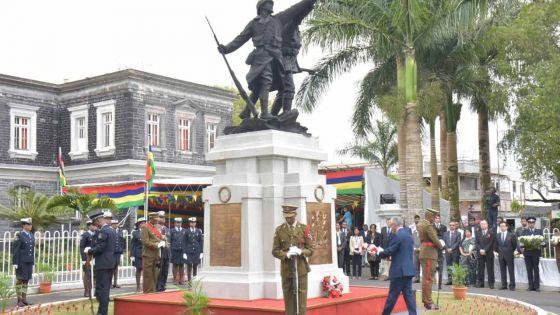 Curepipe : Pravind Jugnauth salue la mémoire des anciens combattants des deux guerres 1914-1918 et 1939-1945