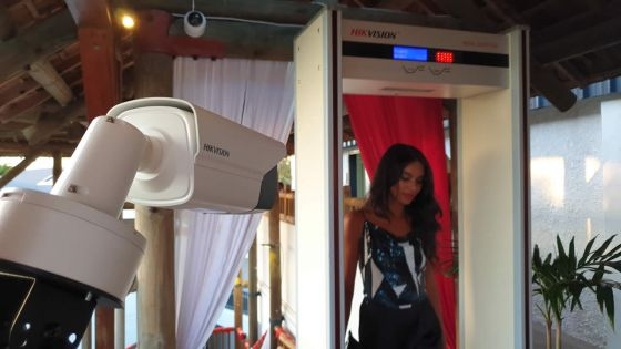 Intelligence artificielle : des caméras détectent la fièvreet le port du masque