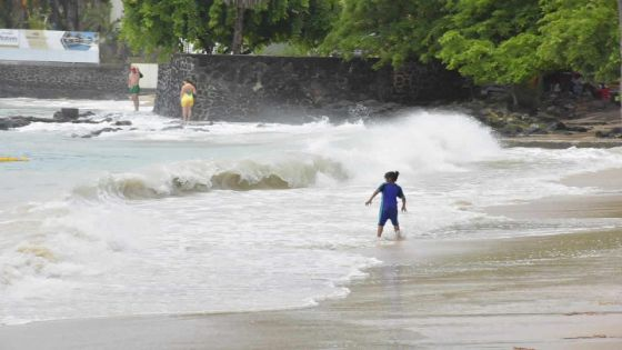 Fortes houles : les sorties sur les plages de l'ouest, du sud et de l'est au moment des marées hautes fortement déconseillées