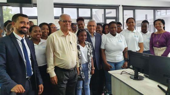 Inauguration d'un centre d'appels à Rodrigues