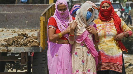Covid-19 : l'Inde dépasse le seuil des 4 000 morts par jour