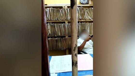 Dans une vidéo en circulation : un internaute dénonce l'absence de coopération d'un infirmier à Camp-Diable