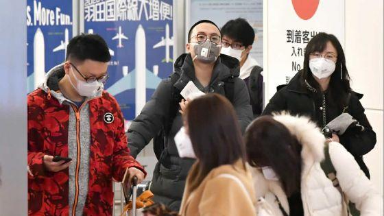 Coronavirus : plus de 2 100 morts, l'épidémie semble ralentir en Chine