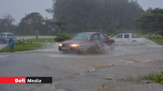 Météo : un avertissement de fortes pluies en vigueur à Maurice