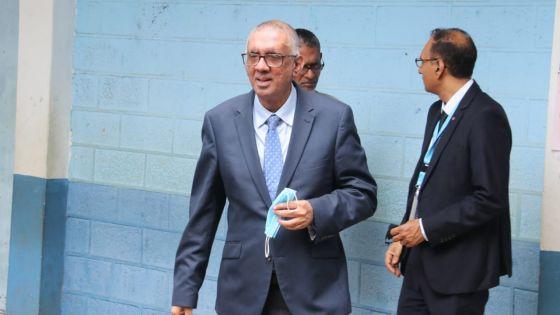 Élections villageoises - Beewa Mahadoo Government School Rivière-du-Rempart : les numéros de deux candidats inversés ; Irfan Rahman annonce l'ouverture d'une enquête