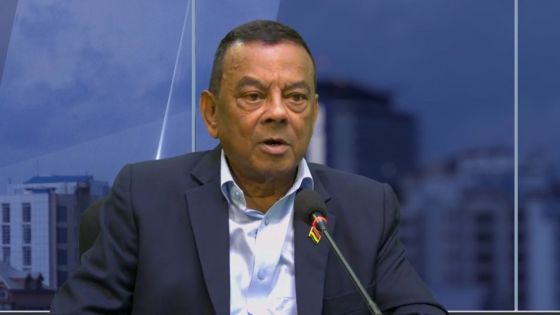 Le PM suppléant Ivan Collendavelloo : «Petision elektoral napa diskite ni lor Facebook ni dan zournal ankor mwin lor radio»