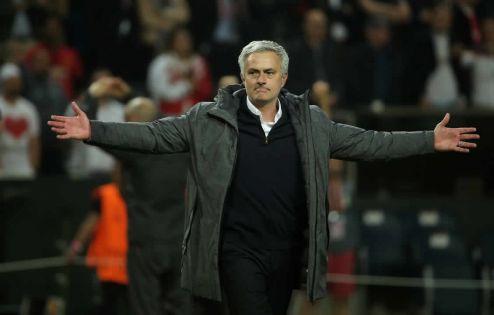 Premier League : Mourinho nommé entraîneur de Tottenham en remplacement de Pochettino