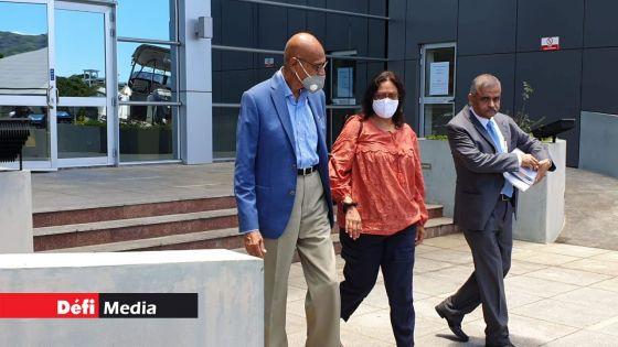 Affaire St-Louis : le professeur Swaley Kasenally autorisé à partir après son interrogatoire à l'Icac ce lundi
