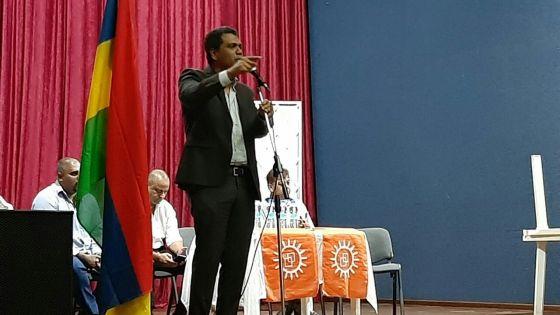 Kavi Ramano annonce que les élections municipales auront lieu au plus tard en juin