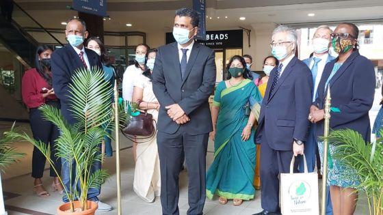 Produits biodégradables : Kavi Ramano salue les efforts des PME