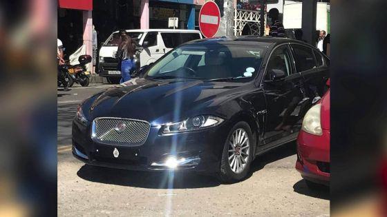 Ken Fong dit ignorer que sa Jaguar était garée sur un parking réservé aux handicapés
