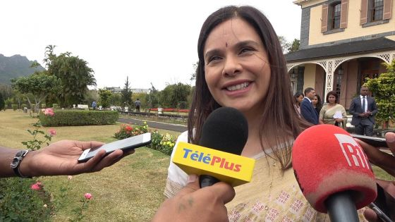 Kobita Jugnauth : «Je me suis occupée des choses de la maison et de la cuisine et j'ai épaulé mon mari durant la campagne électorale»