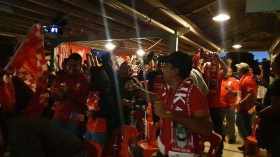 A la mi-temps : les Reds croient toujours au miracle