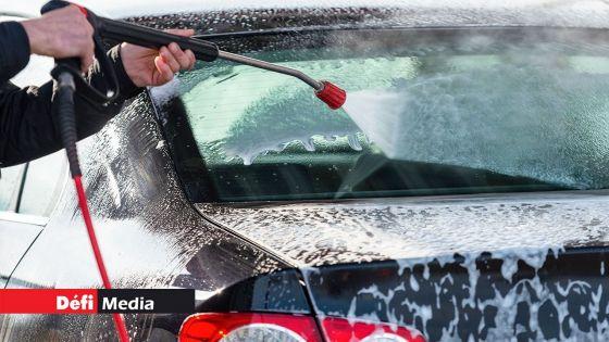 Restrictions temporaires de certains usages de l'eau : des mesures de soutien pour aider les opérateurs qui s'occupent du lavage de voitures, annonce Lesjongard