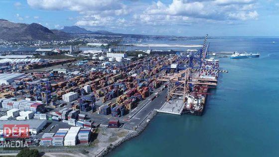 Tuberculose : 12 tests négatifs dans le port, réaction du syndicat