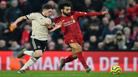 Liverpool bat Manchester United et distance City