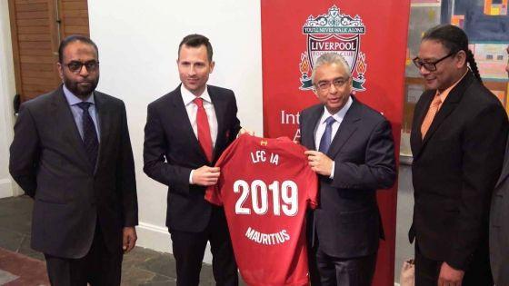 Academie de football en partenariat avec Liverpool : «La formation sera gratuite pour les enfants mauriciens»,  annonce Stephan Toussaint