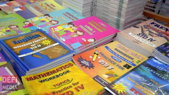 Manuels scolaires gratuits pour les élèves : les critères d'éligibilité