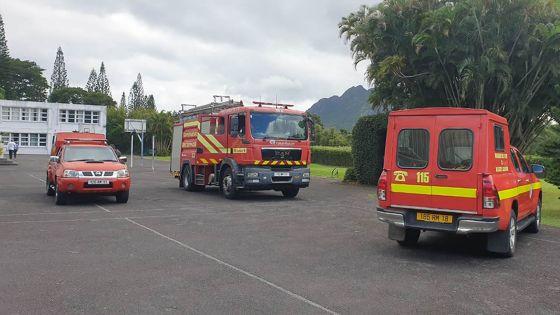 Au collège Lorette de St-Pierre : une salle de classe en proie aux flammes