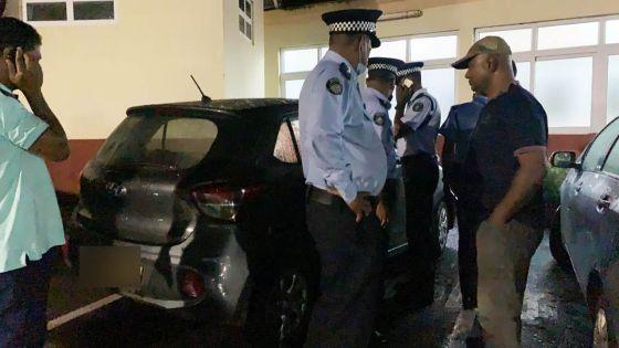 Beau-Bassin : Manan Fakoo touché par balle, forte présence policièreà son domicile