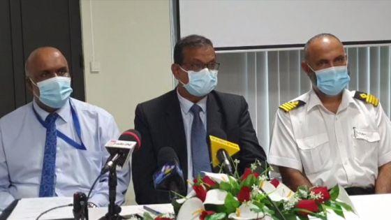 Bateau coincé à Pointe-aux-Sables : le ministre Mudhoo face à la presse