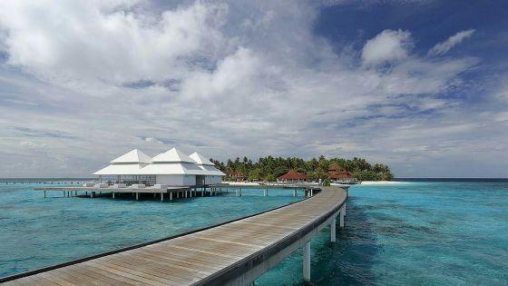 Covid-19 : les Maldives imposent des restrictions au tourisme après une flambée des cas