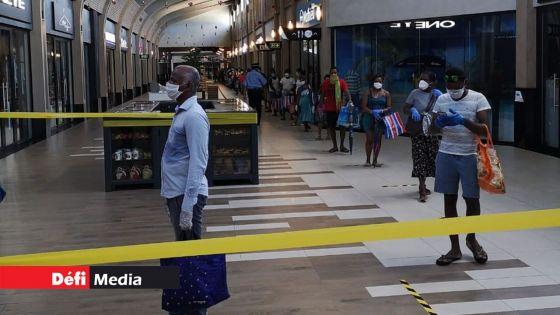 Déconfinement : le couvre-feu sanitaire prend fin à minuit