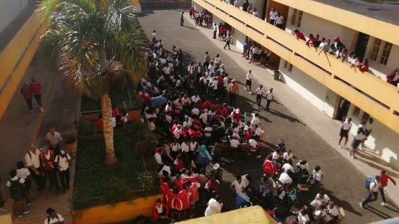 Rodrigues : manifestation des collégiens autour du calendrier scolaire