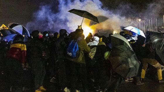 Etats-Unis : nouvelles manifestations après la mort d'un jeune noir tué par la police