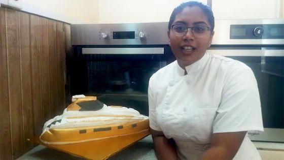 Marie, l'ex-hôtesse de l'air reconvertie en pâtissière