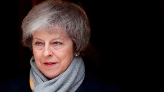 Lourdement défaite sur le Brexit, Theresa May face à une motion de censure