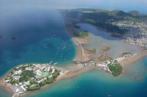 Mayotte : un bruit sourd détonne dans le ciel mahorais