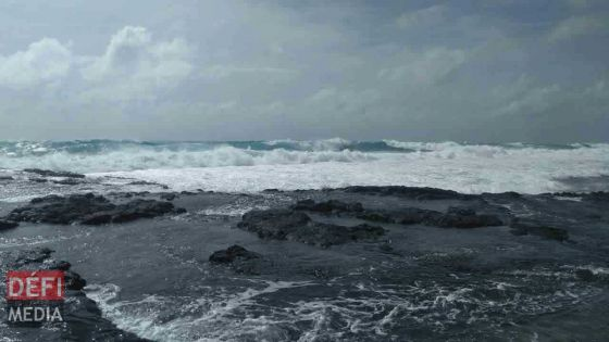 Météo : la mer est agitée au-delà des récifs, entre 12 et 15 degrés sur le Plateau central ce soir