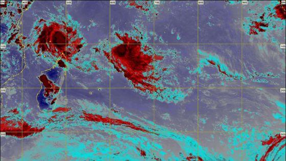 Cyclones : à 1 100 km de Maurice, Ambali s'affaiblit ; Belna toujours au nord de Madagascar