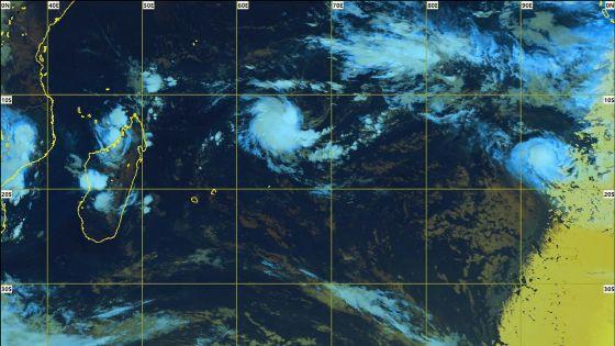 Météo : la perturbation tropicale à 1285 km de Maurice