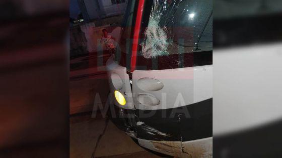 Beau-Bassin : accident mortel entre un tram et une moto