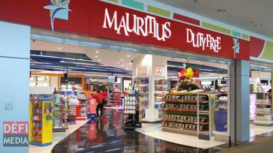 Réouverture partielle des frontières : les passagers n'auront pas accès à la boutique hors taxes de l'aéroport