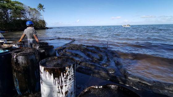 Naufrage du Wakashio : Rs 800 proposées aux pêcheurs pour le nettoyage du lagon