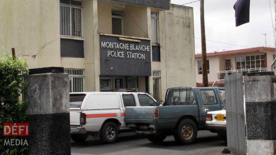 Montagne-Blanche : un soldat de la SMF accusé d'avoir saccagé la maison de sa grand-mère et agressé un policier