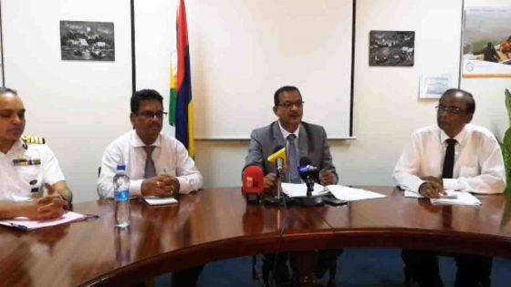 Le ministre de la Pêche, Sudheer Maudhoo, s'exprime sur les poissons morts découverts au Morne et sur le démantèlement de la poupe du wakashio