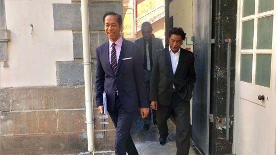 Cour suprême : Nando Bodha abandonne son procès contre Patrick Assirvaden