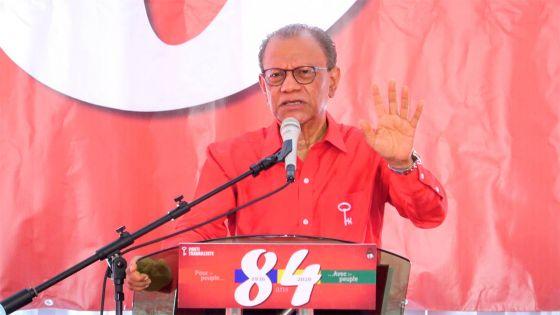 «Rs 5 Mds utilisées pour éponger la dette publique, où sont passées les Rs 13 Mds ?», se demande Ramgoolam