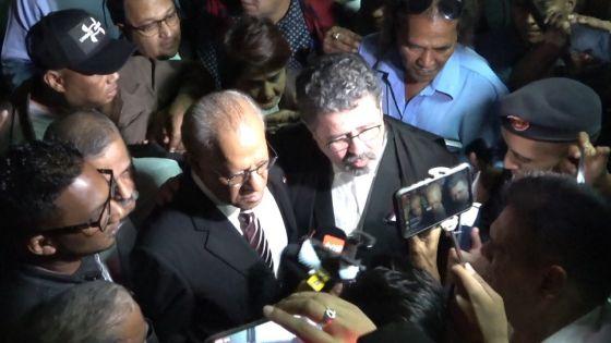 Charges rayées dans l'affaire «des coffres-forts» : «la verite pe eklate», dit Navin Ramgoolam