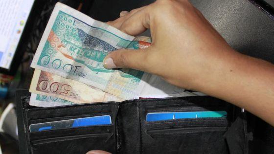 Fonction Publique : le paiement d'une semainede salaire réclamé