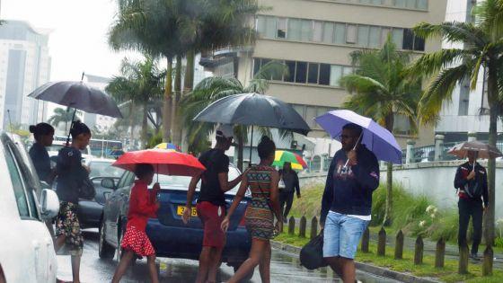 Météo : un dimanche possiblement aussi pluvieux dans l'Est