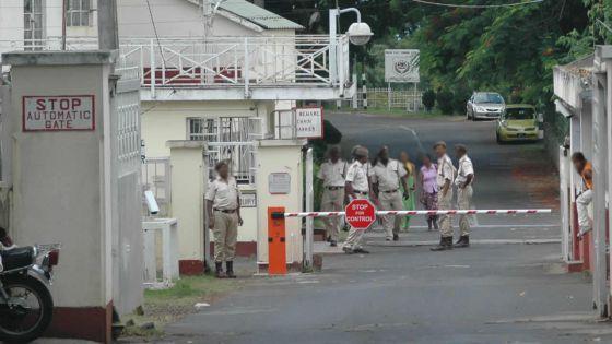 Prison de Beau-Bassin : de la drogue dans les parties intimes d'un garde-chiourme