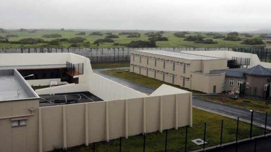 À la prison de Melrose : un gardien agressé par un détenu