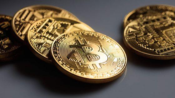 Transactions en ligne : crypto-monnaies et chaînes de blocs entrent en scène