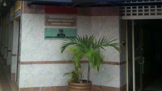 Privée de son lump sum après 35 ans de service : sévère avertissementdu ministère du Travail